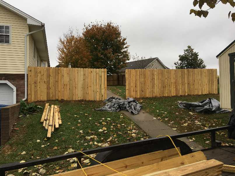 We build privacy fences